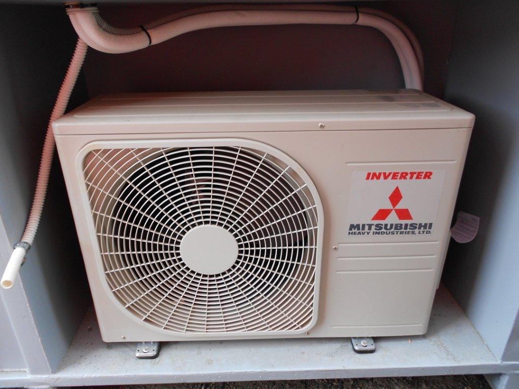 Portable Air Conditioning Units: Portable Air Conditioning Units Perth #4E637D