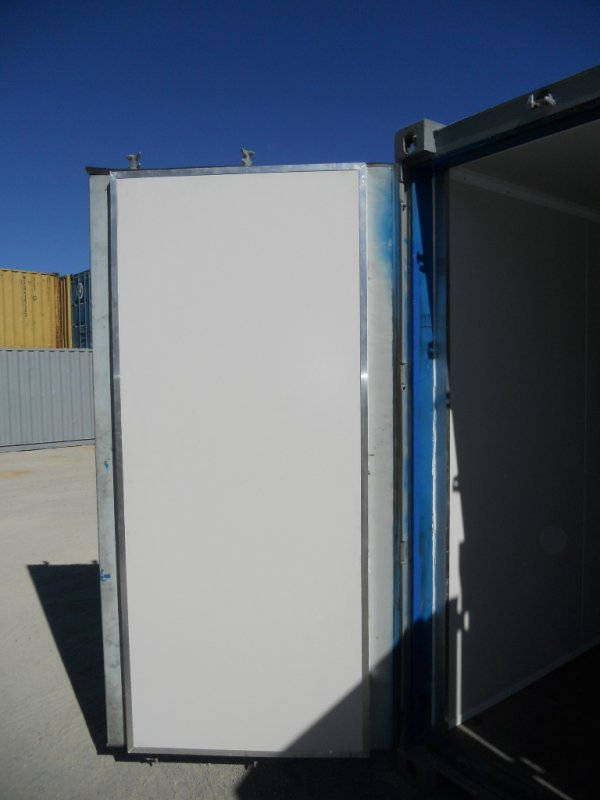Insulated access doors